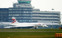 Concorde-taxiing-Manchester