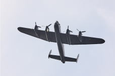 Lancaster-Bomber-over my home