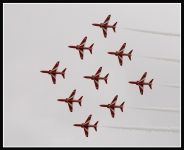 Red-Arrows-IC2F1237