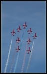 Red-Arrows-climbing_2373
