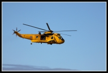 Sea-King-Helicopter-arrives-5029