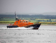 Lifeboat on the Ness estuary-9594