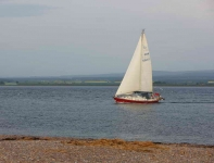 Yacht passing Chanonry point-9102