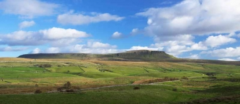 Pen-y-ghent - North Yorkshire - 3007